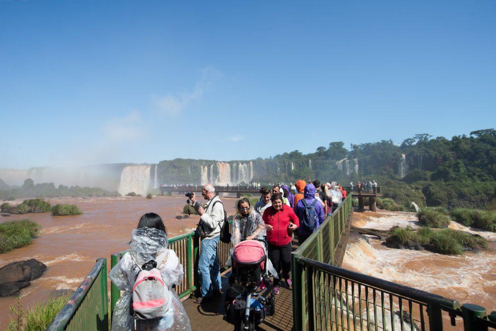 Foz do Iguaçu, natureza a mais para um só lugar_Num Postal