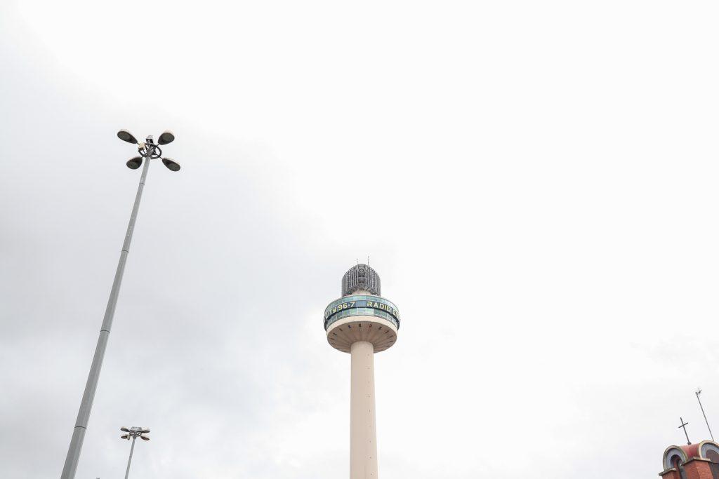 Liverpool, das docas à capital do pop_Num Postal