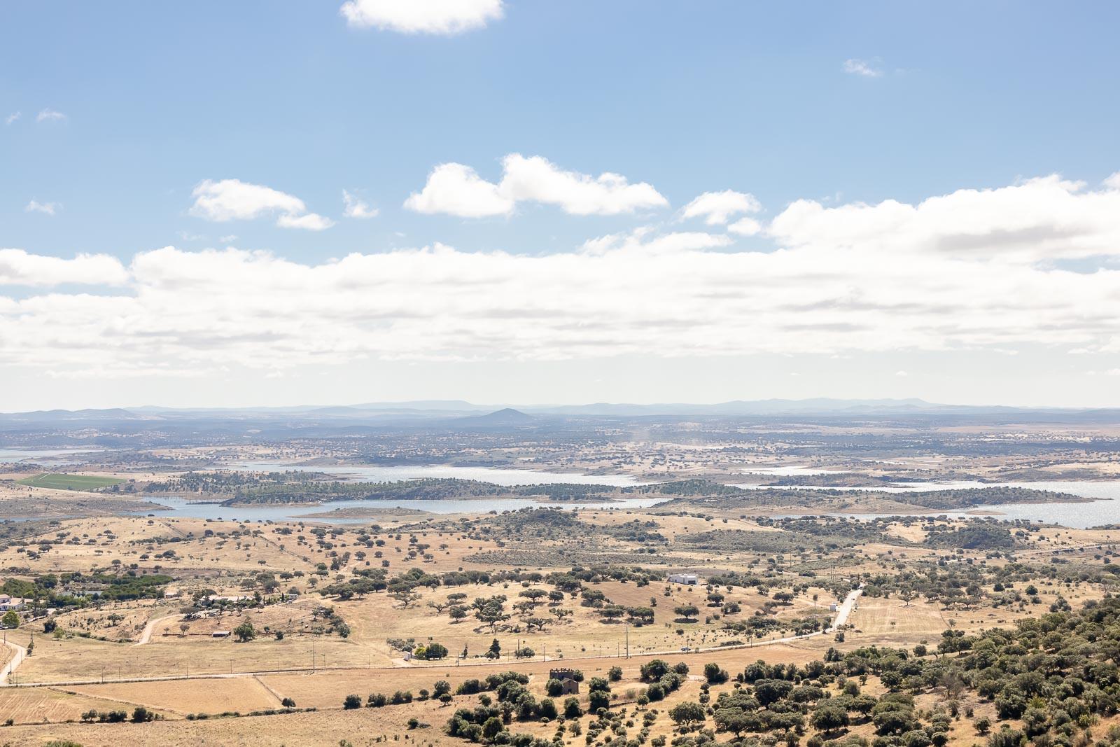 Lago do Alqueva, um roteiro nas aldeias ribeirinhas_Num Postal