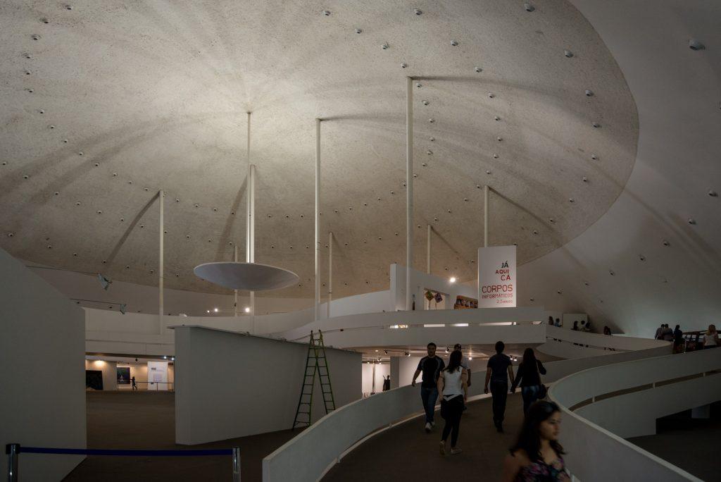Brasília, a Meca da Arquitectura_Num Postal