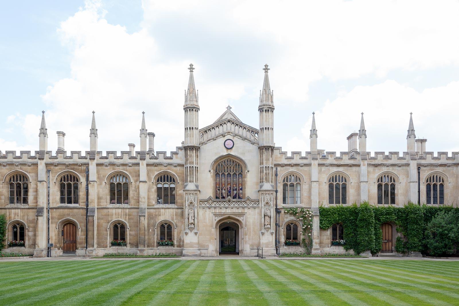 Cambridge, o sonho académico_Num Postal