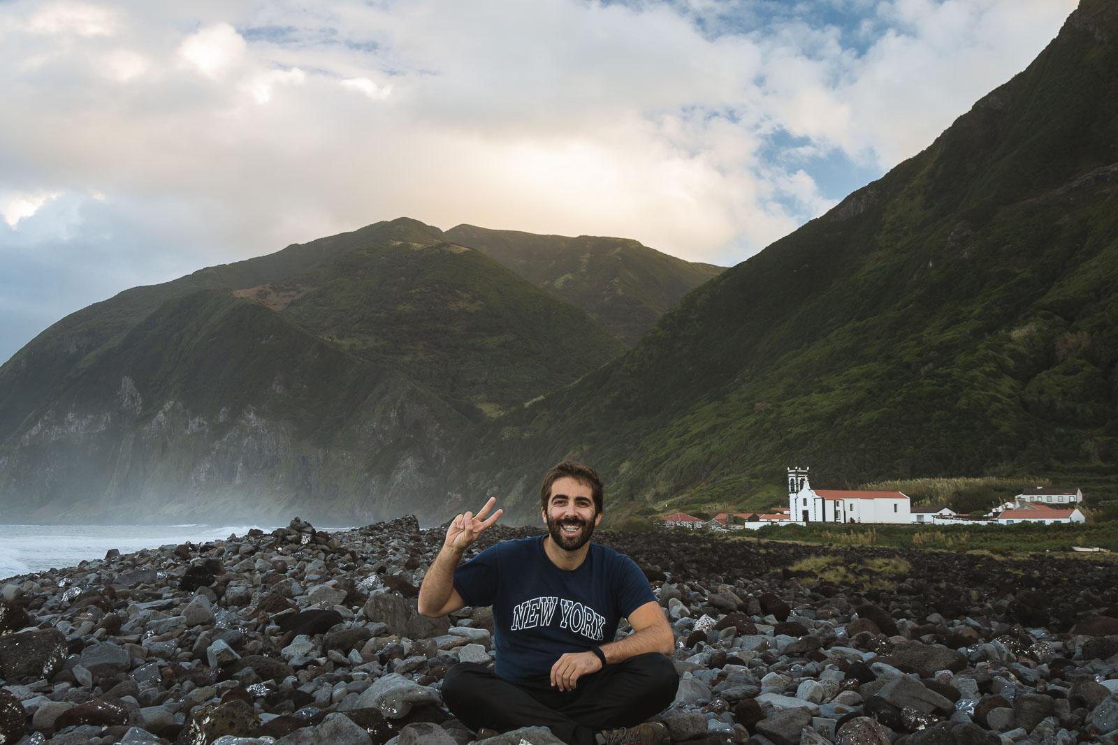 São Jorge, a tranquilidade das fajãs_Num Postal