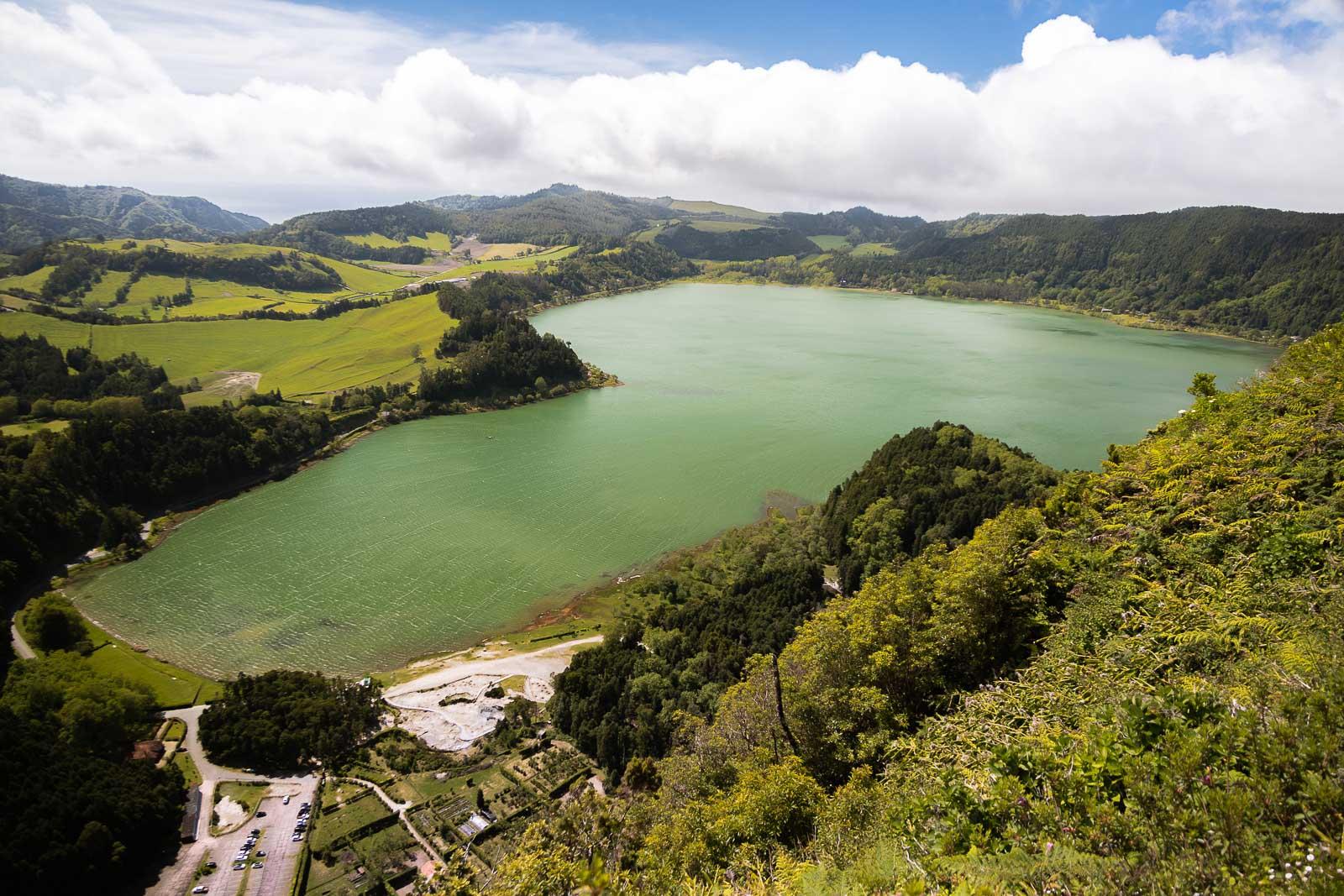 São Miguel, uma lagoa por dia_Num Postal